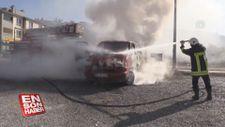 Kayseri'de yangın çıkan minibüs kullanılamaz hale geldi