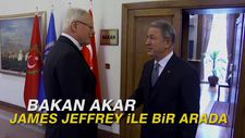 Bakan Akar James Jeffrey ile bir arada