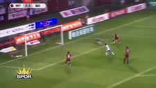 İniesta Japonya'daki ilk golünü attı