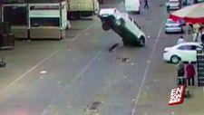 Mazgala takılan araç havaya fırladı