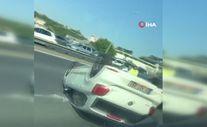 15 Temmuz Şehitler Köprüsü'nde bir araç takla attı