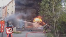 Kartal'da mobilya atölyesi alev alev yandı