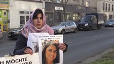 Almanya'da PKK tarafından kaçırılan genç kızın annesi eylem başlattı