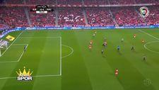 G.Saray'ın rakibi Benfica, Nacional'i 10-0 yendi