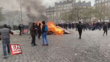 Fransa'da Sarı Yelekliler eylemlerin yıldönümü için sokağa çıktı