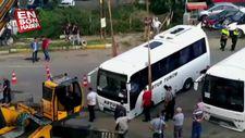 Tekirdağ'da yol çöktü, işçi midibüsleri çöken yola saplandı