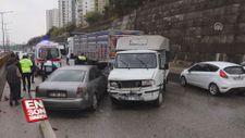 Adana'da 5 aracın karıştığı trafik kazasında 3 kişi yaralandı