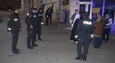 70 kişi bıçak satır ve sopalarla birbirine girdi