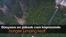 Dünyanın en yüksek cam köprüsünde bungee jumping keyfi