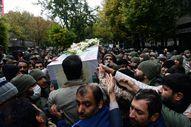 İran'da cenaze töreni 'karşıt' gösteriye dönüştü