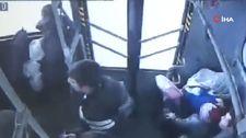Aksaray'da otobüste kalp krizi geçiren yolcu hastaneye yetiştirildi