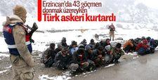 Donma tehlikesi geçiren göçmenleri Mehmetçik kurtardı