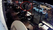 Beşiktaş'ta başörtülü öğretmene saldıran kadın gözaltına alındı