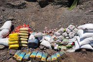 Teröristlere ait mağaradaki malzemeler imha edildi
