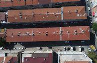 Bağcılar'da yıkılma tehlikesiyle boşaltılan bina