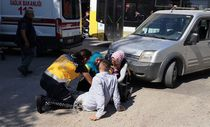 Kazada yaralanan genç: Beni bırakın anneme müdahale edin