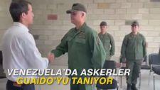 Venezuela'da askerler Guaido'yu tanıyor