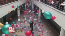Kanseri yenen öğretmenlerini sevgi gösterileriyle karşıladılar