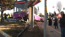 Ataşehir'de otobüs ile otomobil çarpıştı
