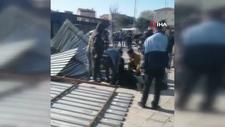 Esenler'de uçan çatı, yoldan geçen kadının üzerine düştü