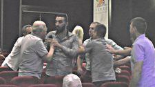 CHP toplantısında Muharrem İnce'ye hakaret arbedesi