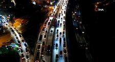 E-5'te geri geri giden araçlar trafiği birbirine kattı