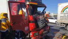 Esenyurt TEM'de zincirleme kaza: 6 araç birbirine girdi