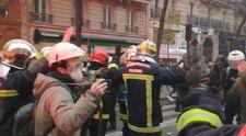 Fransa'da polis şiddetini itfaiyeciler durdurdu