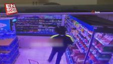 Başkent'te marketteki hırsızlık anı kameralara yansıdı