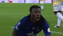 Gomis Al Hilal'de 17. golünü attı