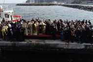 Bursa'da haç çıkarma törenine ezan molası
