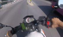 İstanbul'da motosikletli sollama yaparken kaza yaptı