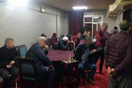 İstanbul'da yasağa rağmen kahvehanede yakalandılar