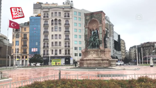 İstanbul sokaklarında sessizlik hakim