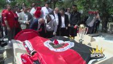Gençlerbirliği kupayı İlhan Cavcav'ın mezarına götürdü