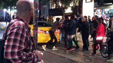 Kadıköy'de taksiciden müşteriye uçan tekme