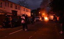 Londra'da Da Costa protestosunda karakolu bastılar