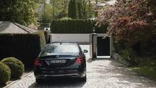 BMW'nin Mercedes'e gönderme yaptığı reklam