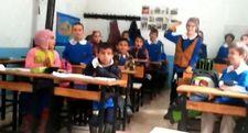 Öğretmenden öğrencileri mutlu eden oyun