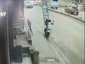 Çekmeköy'de pizzacıdan para çalan şahsı işyeri çalışanı yakaladı