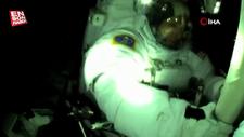 ISS'deki astronotlar uzay yürüyüşüne başladı