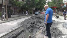Avcılar'da çalışma yapılan yol 20 günde 4. kez çöktü