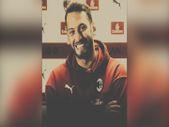 Hakan Çalhanoğlu: Her şey için teşekkürler Milan