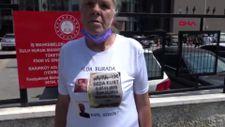 Avcılar'da öldürülen kızının duruşmasına fotoğraflı tişörtle geldi