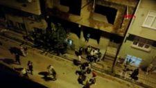 Sultangazi'de çocuklar kavga etti, aileler birbirine saldırdı