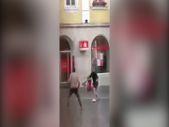 Almanya'nın Würzburg şehrinde bıçaklı saldırı