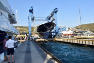 Bodrum'da 3 milyon euroluk lüks yat denize indirildi