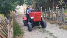 Denizlili aşçı kendi traktörünü yaptı