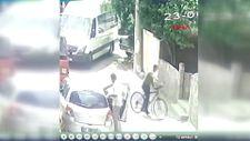 Adana'da bisikletle pazardaki kadınların altınlarını çalan şahıs yakalandı