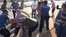 Antalya'da cenazeyi unutup yumruklu kavgaya tutuştular